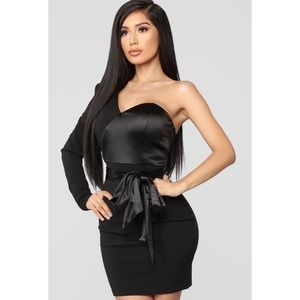 Curse Of Curves One Shoulder Dress - Black